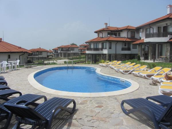 Hotel Pictures: Villa RADA 11B in Bay View Village, Kosharitsa