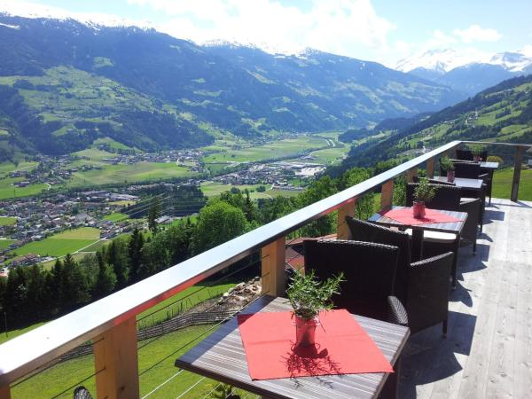 Fotos do Hotel: Appartement Schönblick, Ried im Zillertal