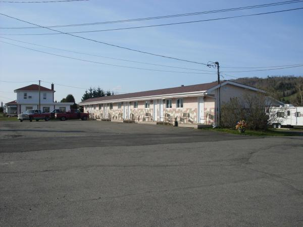 Hotel Pictures: Rose Motel & Cabins, Edmundston