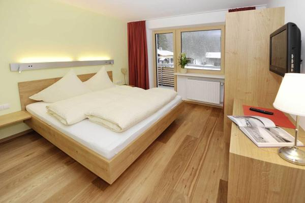 Hotellikuvia: Pension Valbella, Partenen