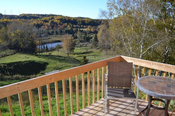 Hotel Pictures: Centre de Vacances 5 Étoiles Family Resort, Sacré-Coeur-Saguenay