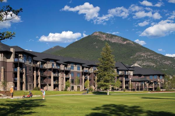 Hotel Pictures: Copper Point Resort, Invermere