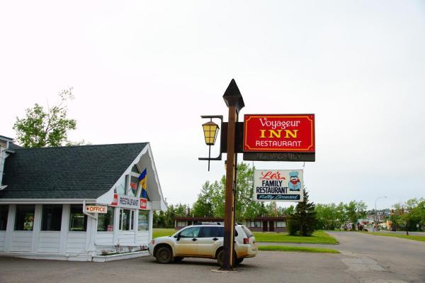 Hotel Pictures: The Voyageur Inn, Dawson Creek