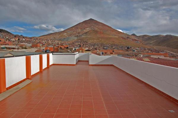 Hotel Pictures: Hostal Tukos La Casa Real, Potosí