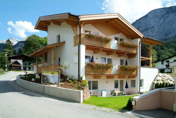 Hotellikuvia: Appartements 4 Jahreszeiten, Ehrwald