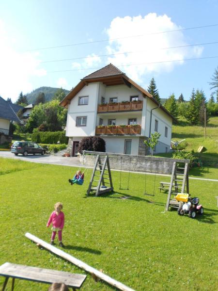 Foto Hotel: Haus Moni, Mauterndorf