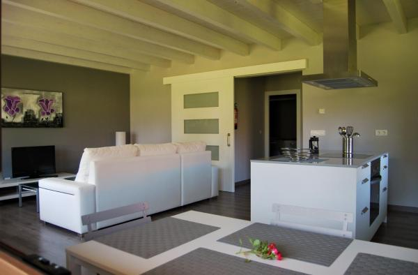 Hotel Pictures: The Cool Houses, Llanes