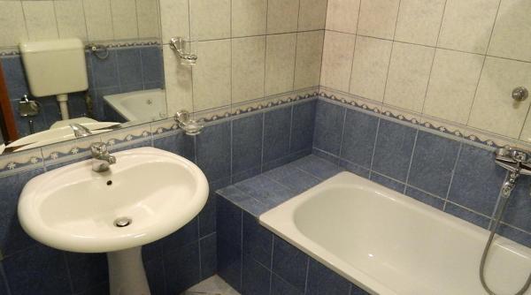 Royal One-Bedroom Apartment 6 - Marks Engels Str.