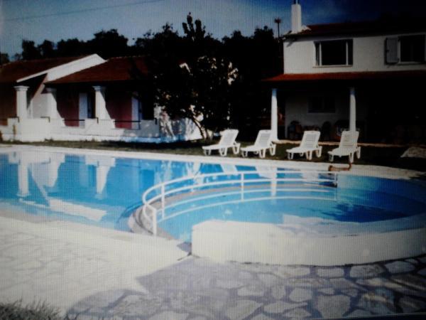 Hotel Pictures: Nikos Apartments, Acharavi