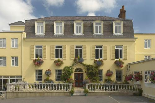 Hotel Pictures: Les Rocquettes Hotel, St Peter Port