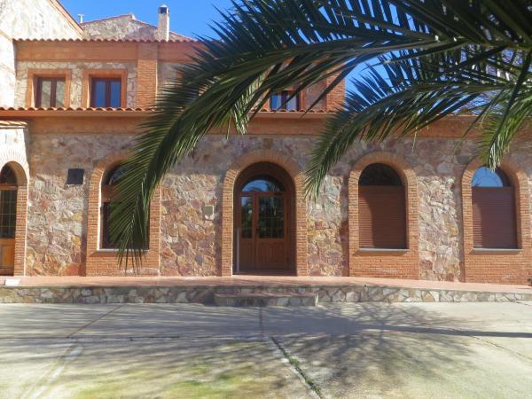 Hotel Pictures: Hostal Rest. Campoabierto, Valencia de las Torres