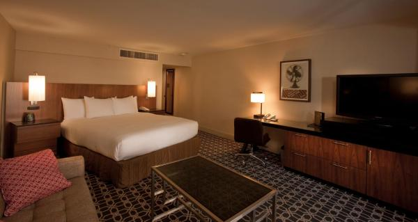 King Room - Disability Access (No Resort Fees)