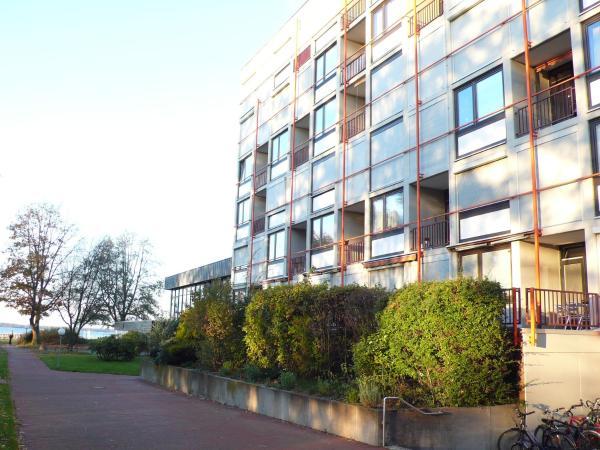 Hotel Pictures: Luxusappartment direkt am Steinhuder Meer, Wunstorf