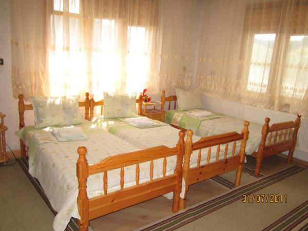 Hotel Pictures: Kristal Guest House, Trigrad