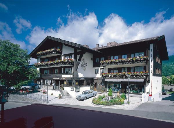 Foto Hotel: Hotel-Gasthof Traube, Riezlern