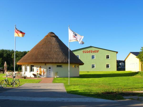 Hotel Pictures: Ferienanlage Süderhof, Breege