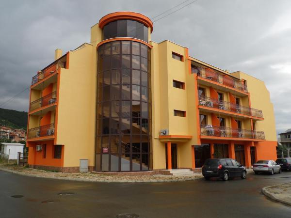 Hotel Pictures: Amigos Hotel, Obzor