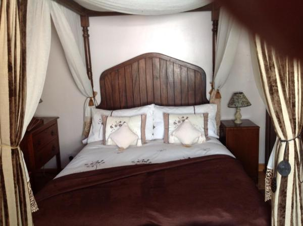 Hotel Pictures: Alice Guest house, Cheltenham