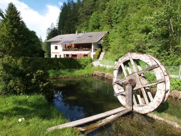 Hotelbilleder: Gasthof Kirchbrücke, Mieders