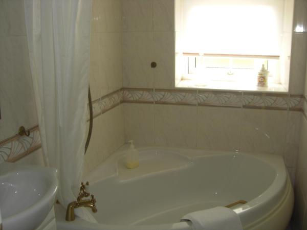 Double with Private External Bathroom
