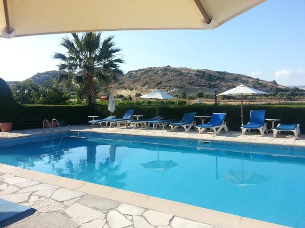 Hotel Pictures: Ampelokipi Holiday Apartments, Pissouri