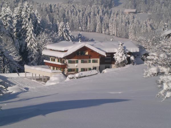 Foto Hotel: Pension Jägerheim, Krumbach