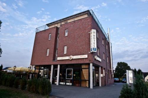 Hotel Pictures: Hotel Manu, Paderborn