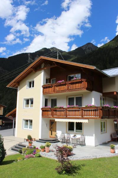 Zdjęcia hotelu: Haus Rainbach, Umhausen