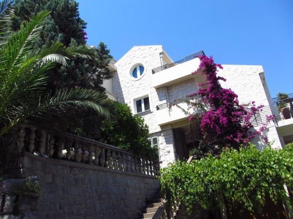 Zdjęcia hotelu: Apartments and Rooms Teona, Budva