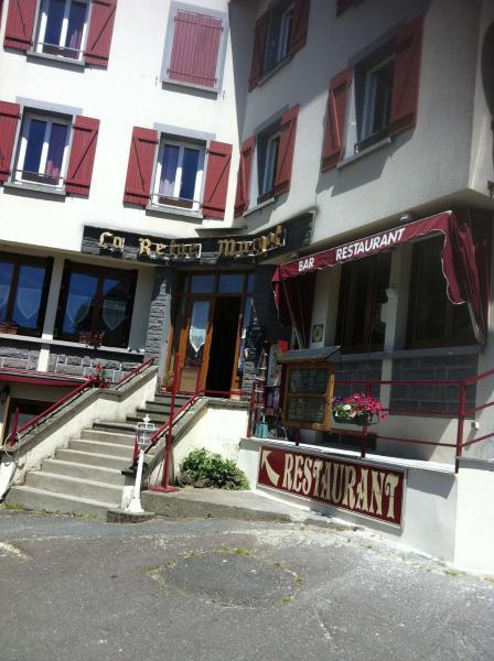 Hotel Pictures: , La Tour-d'Auvergne
