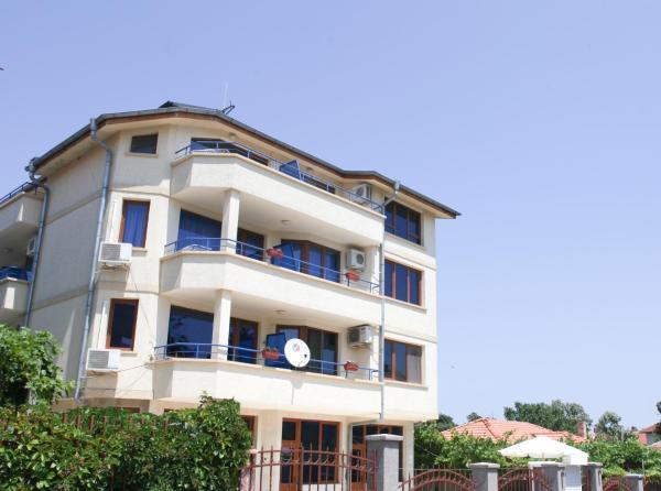 Fotos de l'hotel: Dream House Guest House, Ahtopol