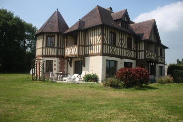 Hotel Pictures: Manoir Melphil, Saint-Étienne-la-Thillaye