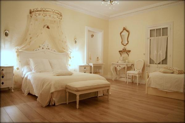 Hotel Pictures: La Villa Bleue de Mauleon, Mauléon