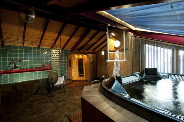 Hotel Pictures: Posada Real La Vieja Chimenea-Spa, Herreros