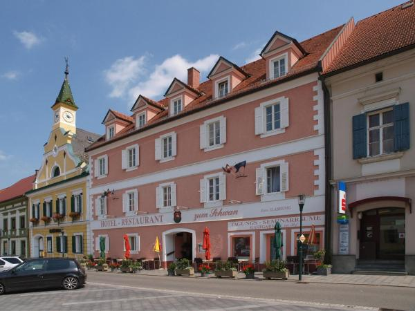 酒店图片: Hotel Restaurant zum Schwan, Schwanberg