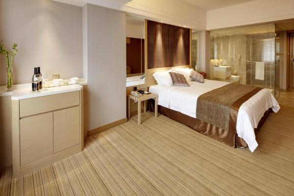 Deluxe Double Room with Single Breakfast