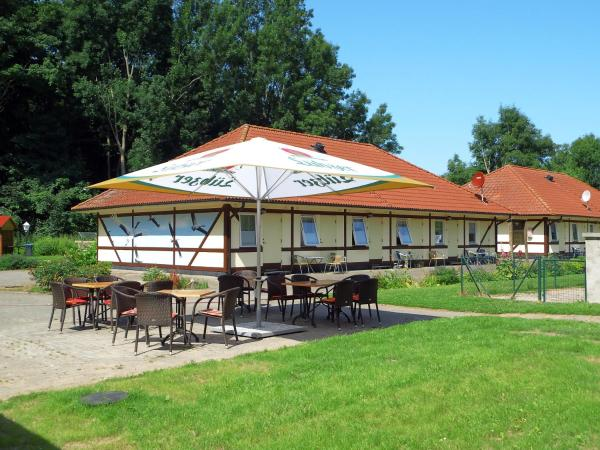 Hotelbilleder: Landhotel Zum Kranich, Klausdorf Mecklenburg Vorpommern