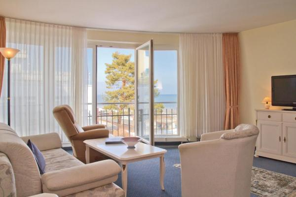 Apartment with Partial Sea View