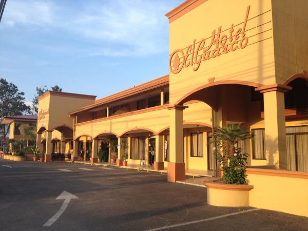 Hotel Pictures: Hotel y Restaurante El Guarco, Cartago