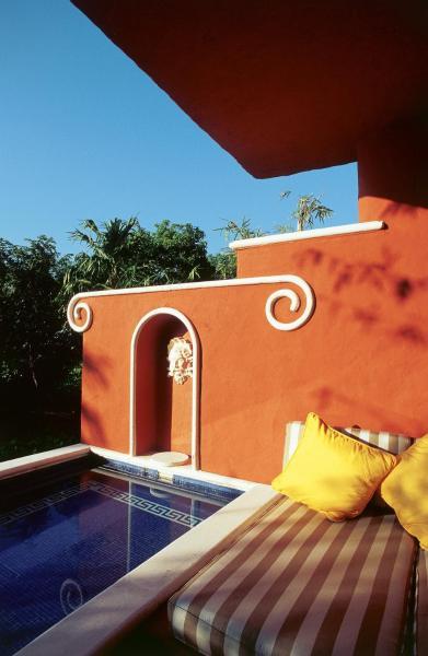 Ocean Front One Bedroom Suite with Plunge Pool Triple
