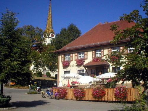 Hotel Pictures: Gasthof zum Goldenen Kreuz, Wilhelmsdorf