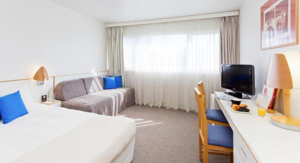 Standard Room with One Double Bed & 2 Single Beds