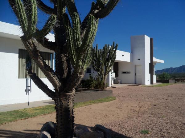 Hotel Pictures: Qhawana Complejo, La Rioja
