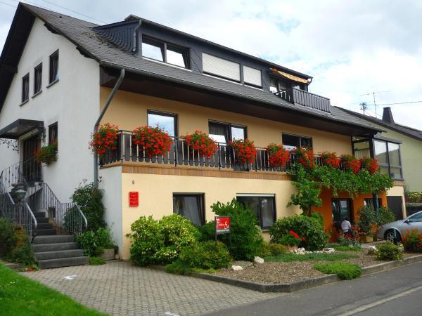 Hotel Pictures: Ferienhaus Stülb, Zeltingen-Rachtig