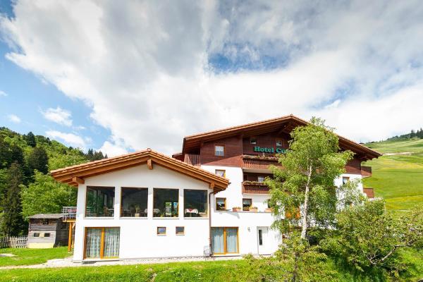 Hotel Pictures: Hotel Cuntera, Curaglia