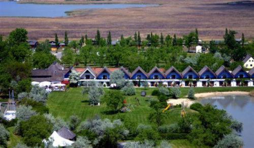 Hotellbilder: Hoteldorf Seepark Weiden, Weiden am See