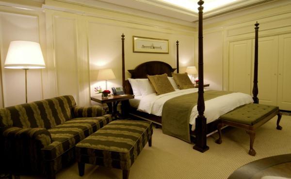 Silver Royal Suite