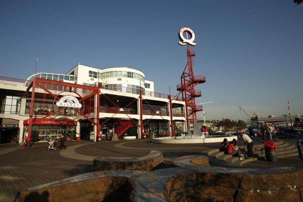 Hotel Pictures: The Lonsdale Quay Hotel, North Vancouver