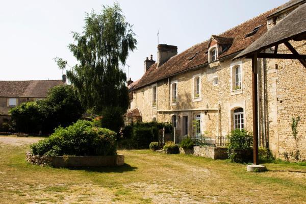 Hotel Pictures: La Vieille Ferme, Fresné-la-Mère