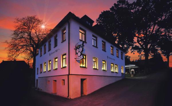 Hotelbilleder: Landhotel Weisses Röß`l, Adorf